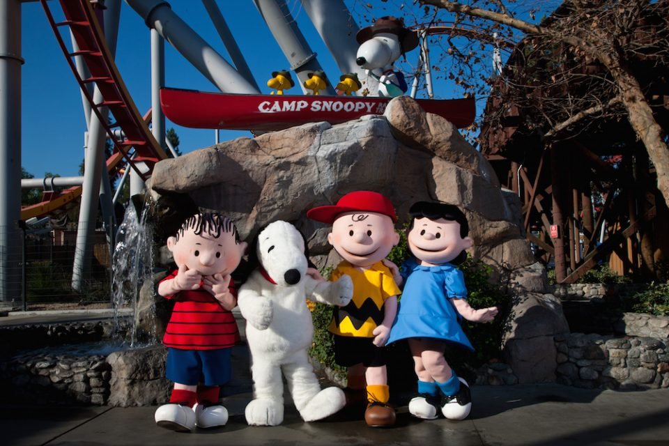 knotts berry farm - peanuts